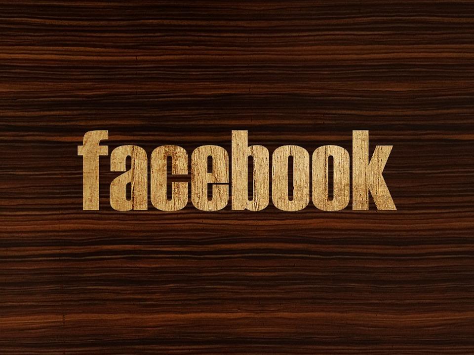 Společnosti Facebook se opět zvýšily zisky i tržby