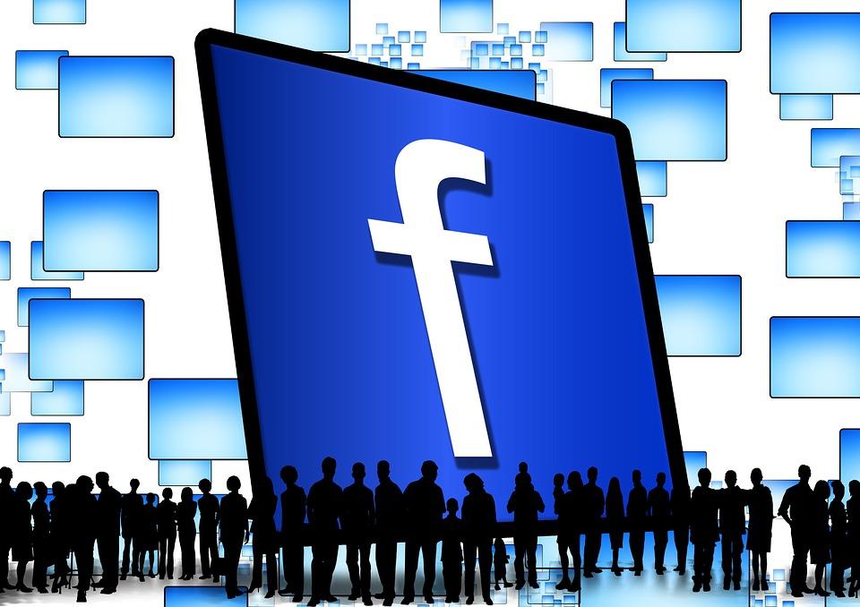 Straníte se novému Facebooku? Brzy bude povinný
