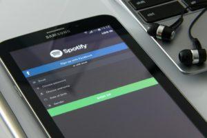 Spotify zahájilo spolupráci s Facebookem