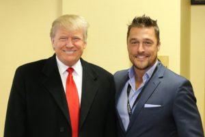 Donald Trump opět na Facebooku